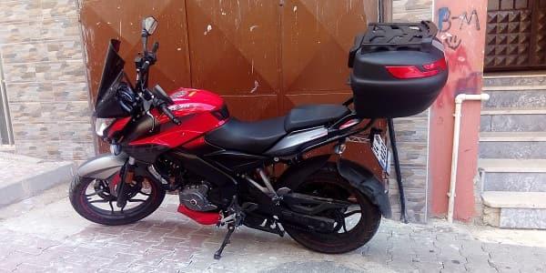 Pulsar 200 Ns Motosiklet hangisi